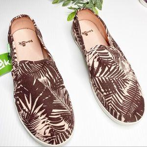 Sanuk- Palm Tree Pair O Dice Slip On Shoes -Size 7